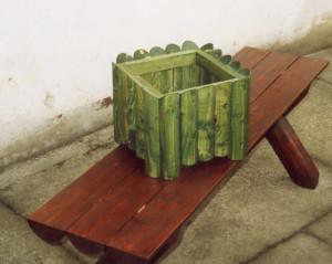foto-lavice-kvetinac-velke